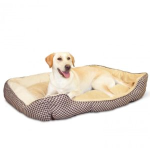 K&H Pet Products Self-Warming Lounge Sleeper Pet Bed for dogs for winter